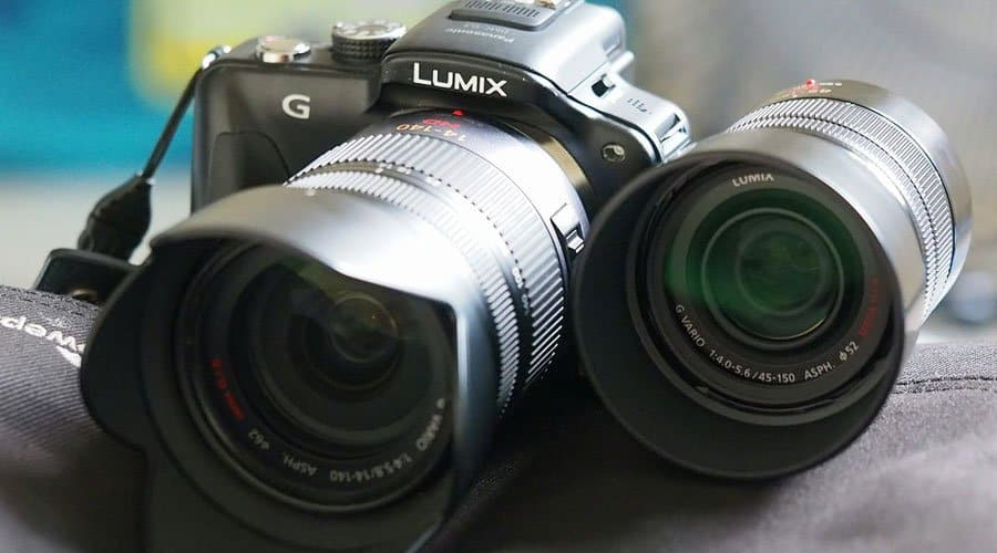 panasonica-g85-camera-with-lenses