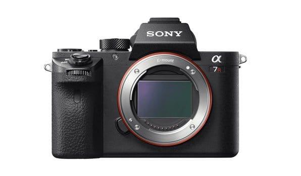Sony-Alpha-7R-II-camera-specs-banner