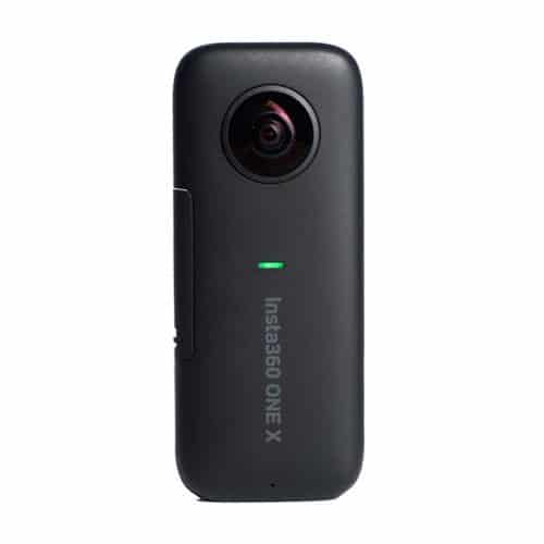 insta360-front-view-turn-on